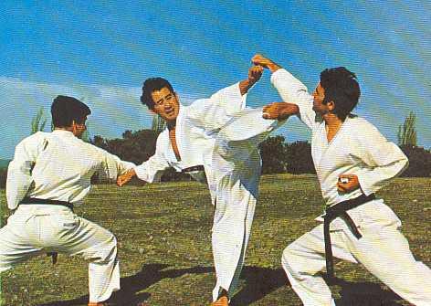 maestro-atsuo-hiruma-kumite