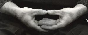 postura manos